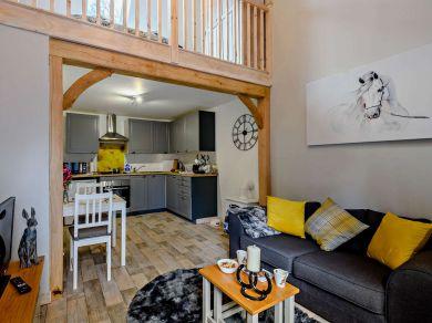 Coachmans Cottage - Avon (54901)