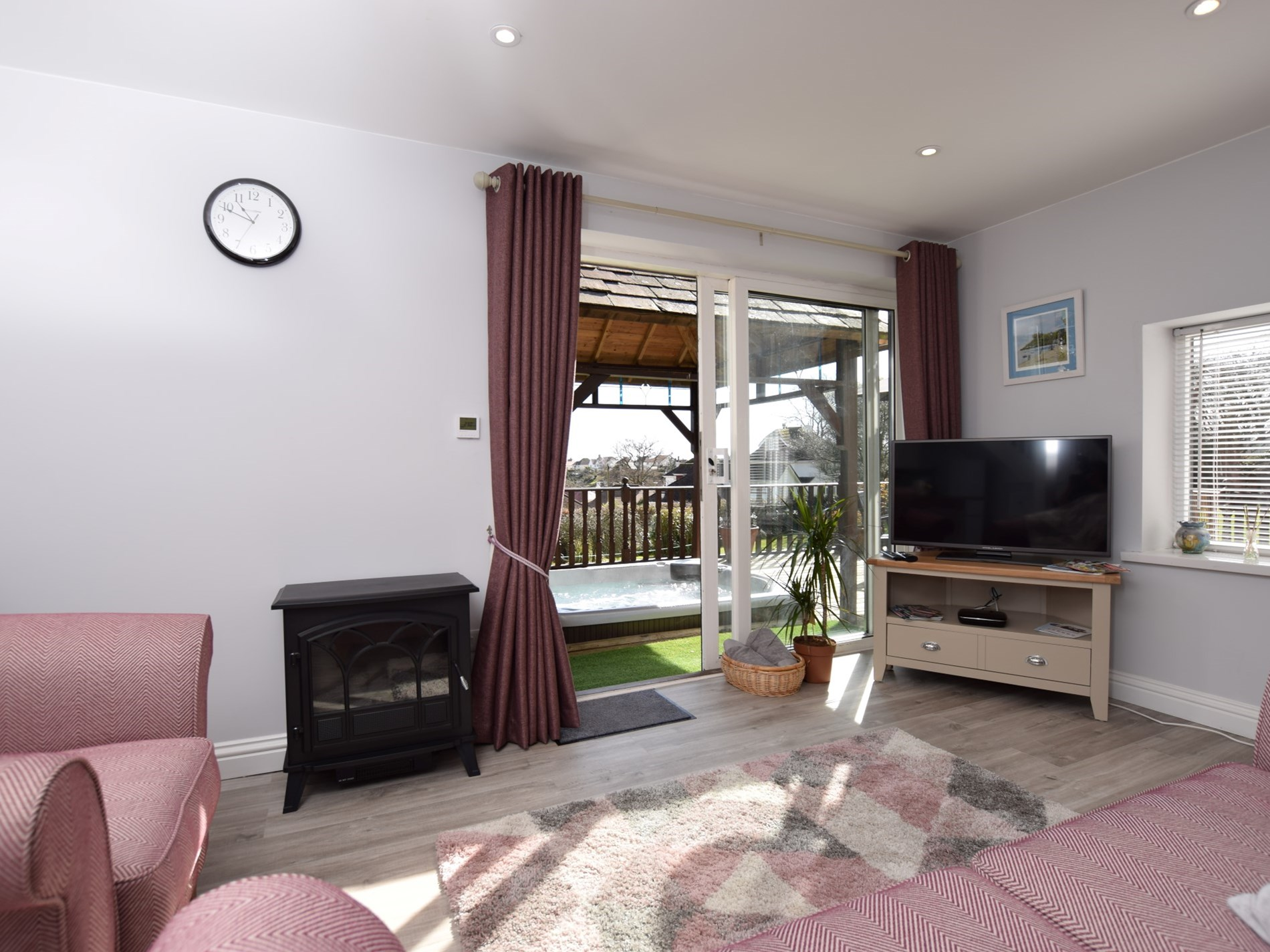 The warm and welcoming lounge with garden view