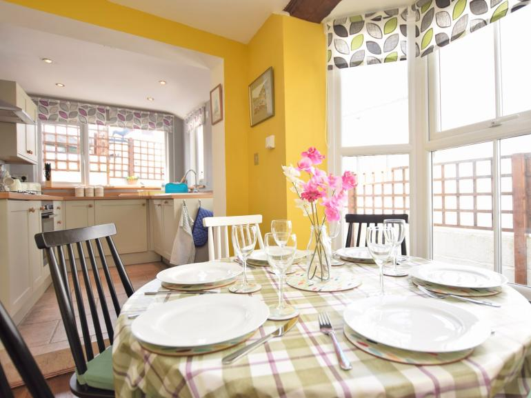Enjoy an evening meal in the spacious kitchen/diner