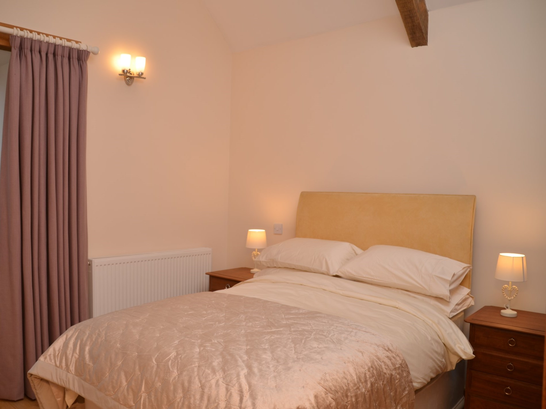 3 Bedroom Cottage in Wells, Dorset and Somerset