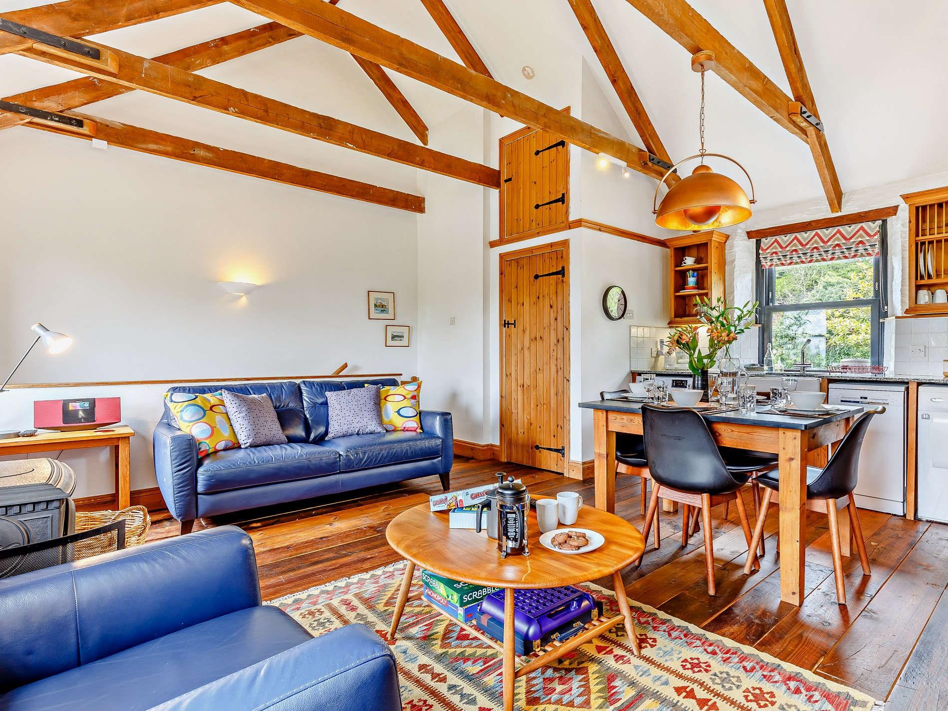 2 Bedroom Barn in South Cornwall, Cornwall