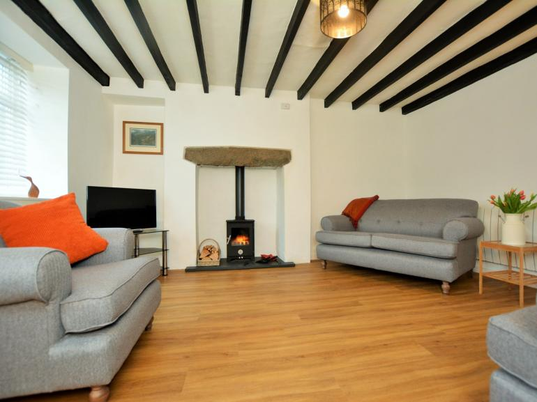 Stylish period cottage close to the beach
