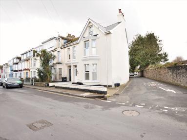 Trafalgar House (BX088)