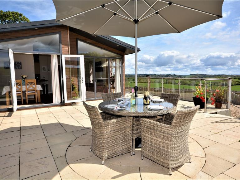 Fabulous outdoor space with amazing views