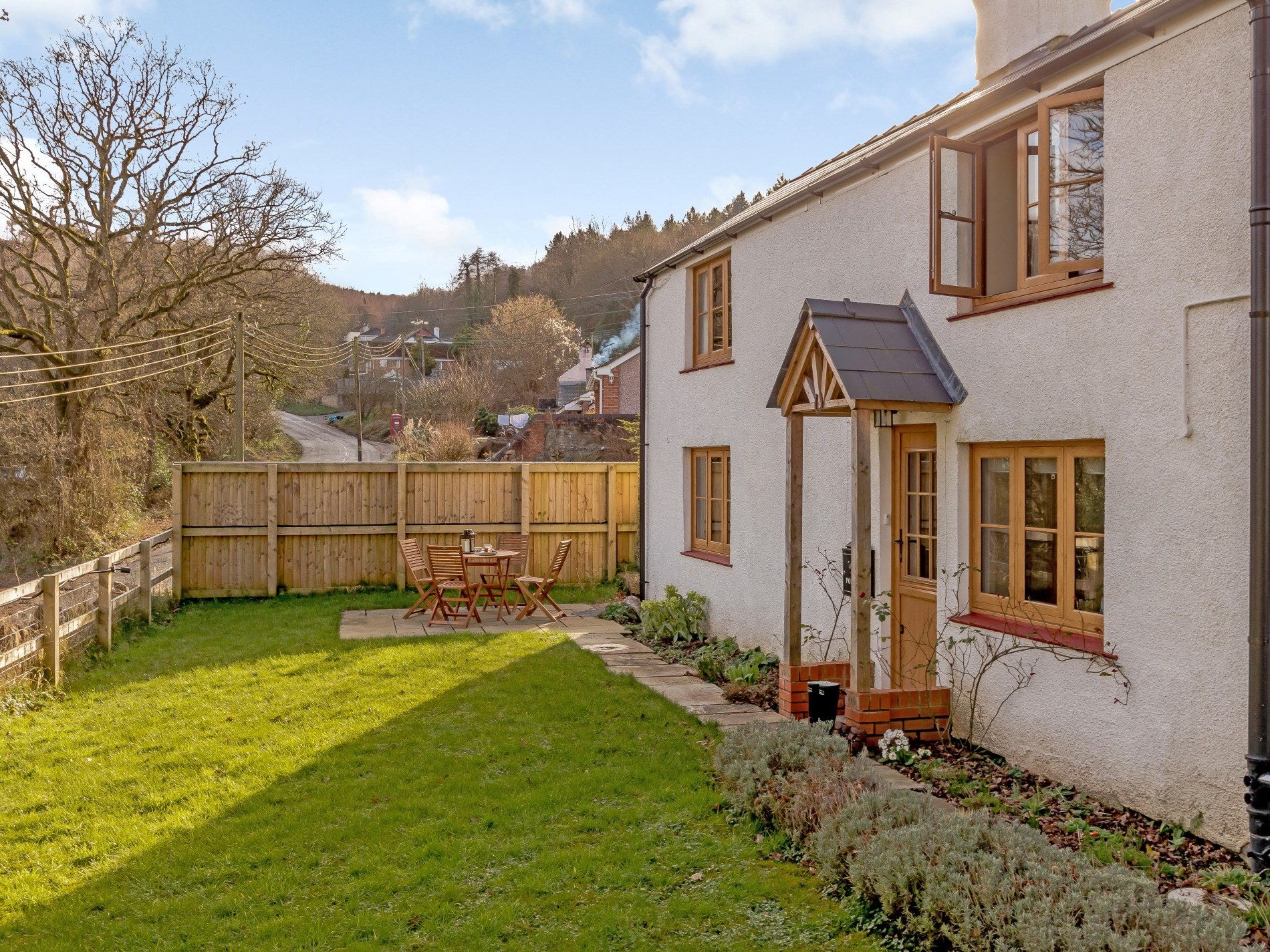 2 Bedroom Cottage in Lydbrook, Heart of England