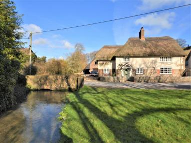 Bridge Cottage - Piddletrenthide (56025)