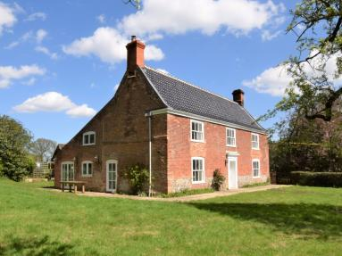 Orchard Farmhouse (56103)
