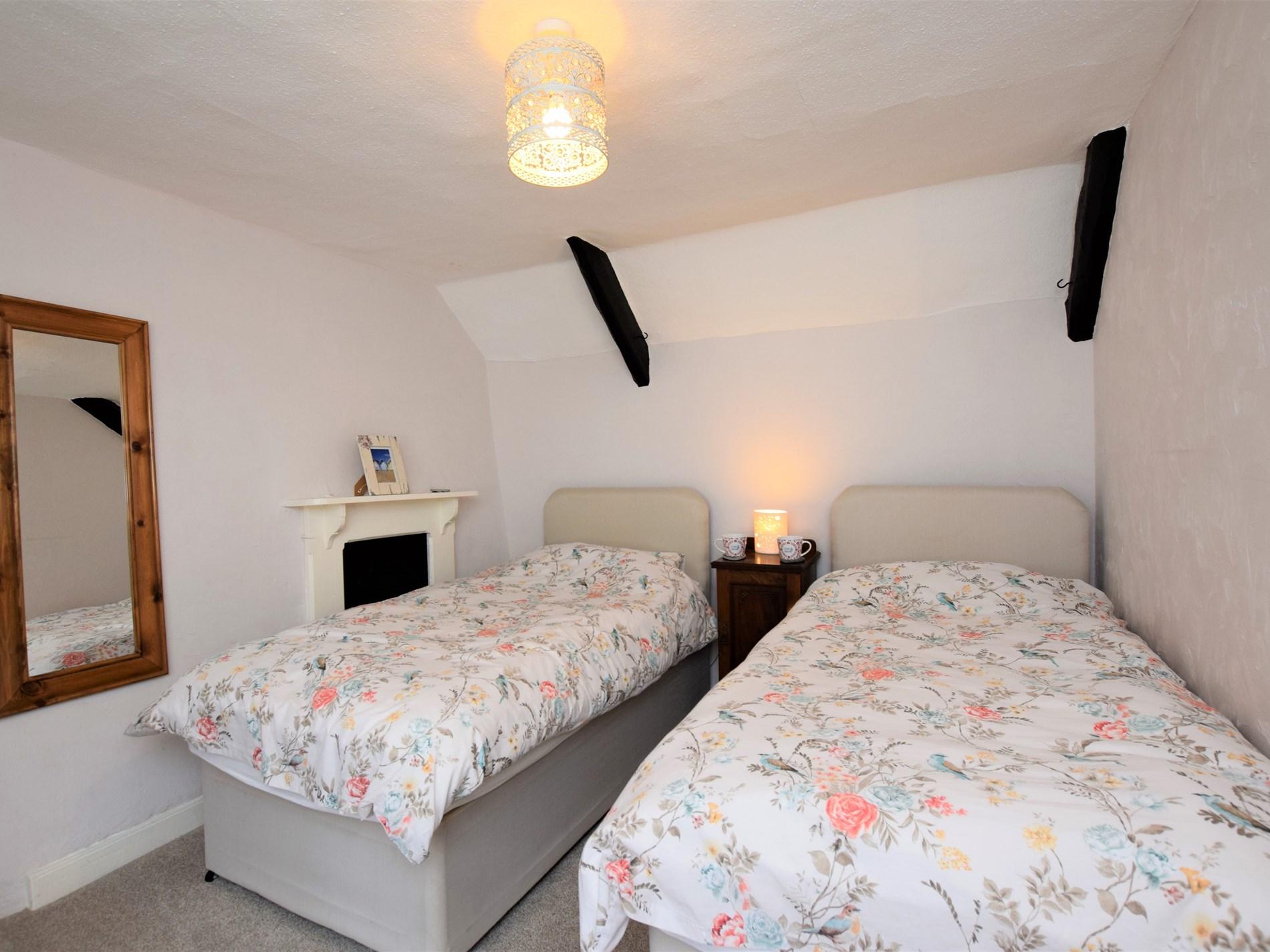 2 Bedroom Cottage in Bridgwater, Dorset and Somerset