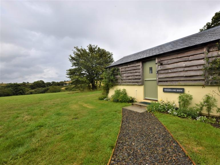 Detached property with incredible views across the countryside