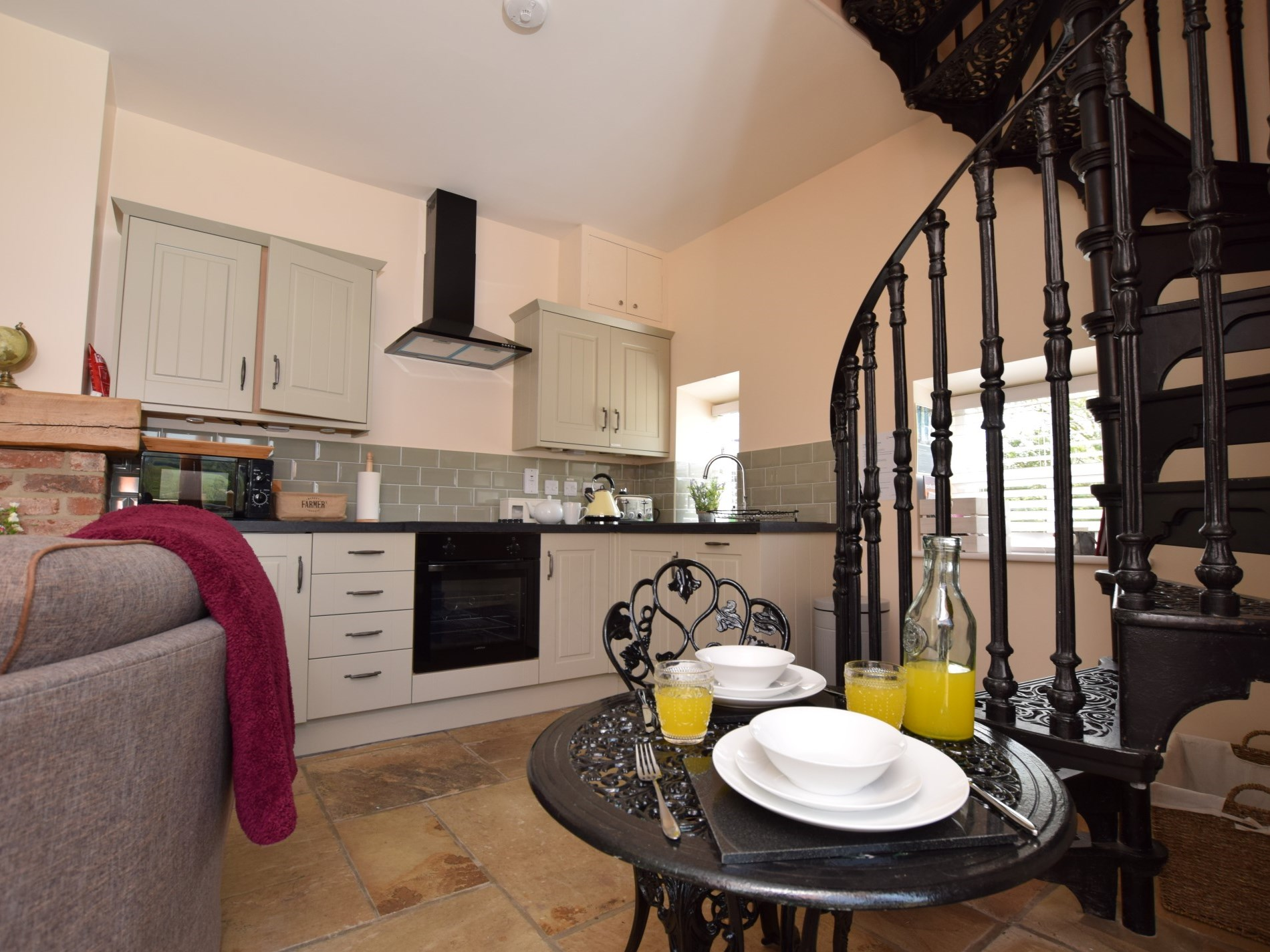 1 Bedroom Cottage in Whitby - Dog Friendly Cottage in ...