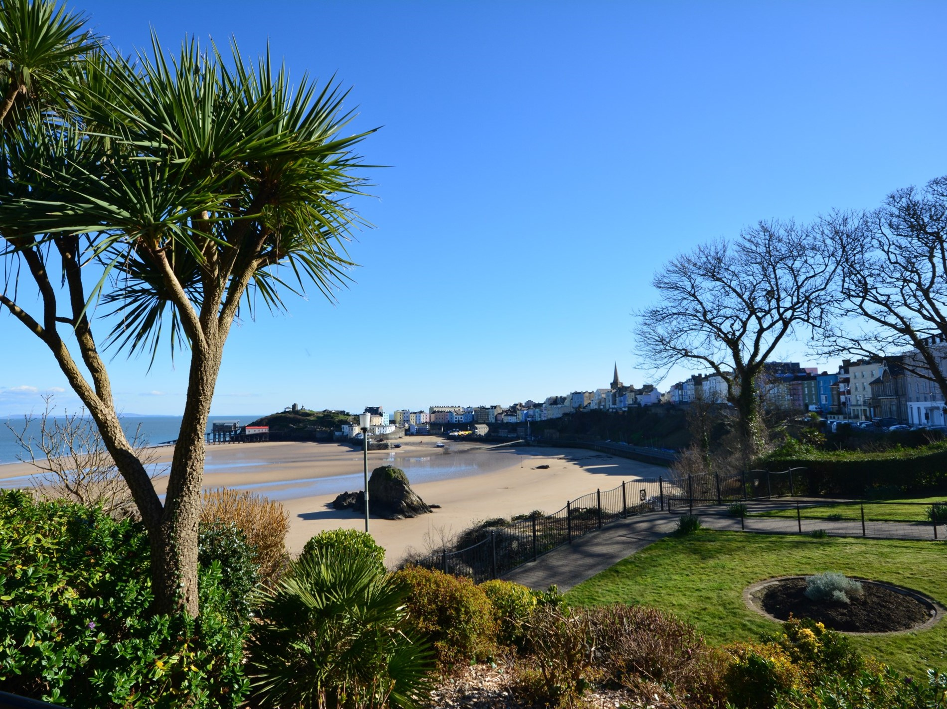 5 Bedroom Cottage in Tenby, Mid Wales