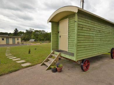 Goblin Gill Shepherd's Hut (56742)
