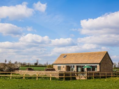 Cotswolds - Bluebell Barn (57684)