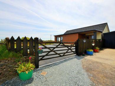 Hersham Lodge (57735)
