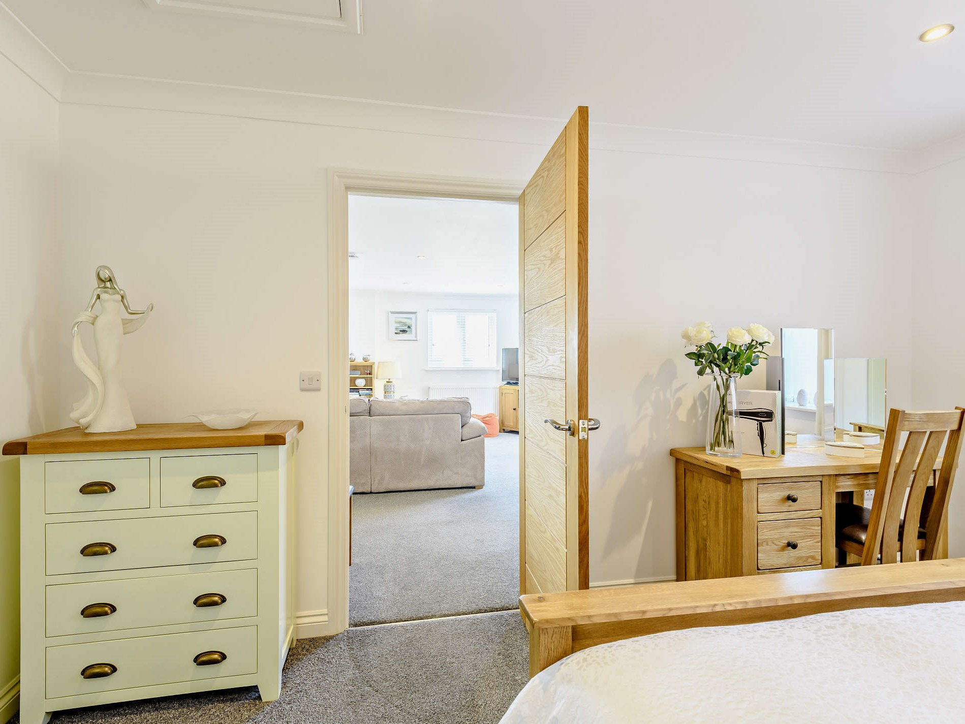 1 Bedroom Cottage in Weymouth, Dorset and Somerset