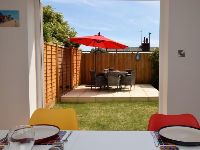 A relaxing cottage ideally located near the beach
