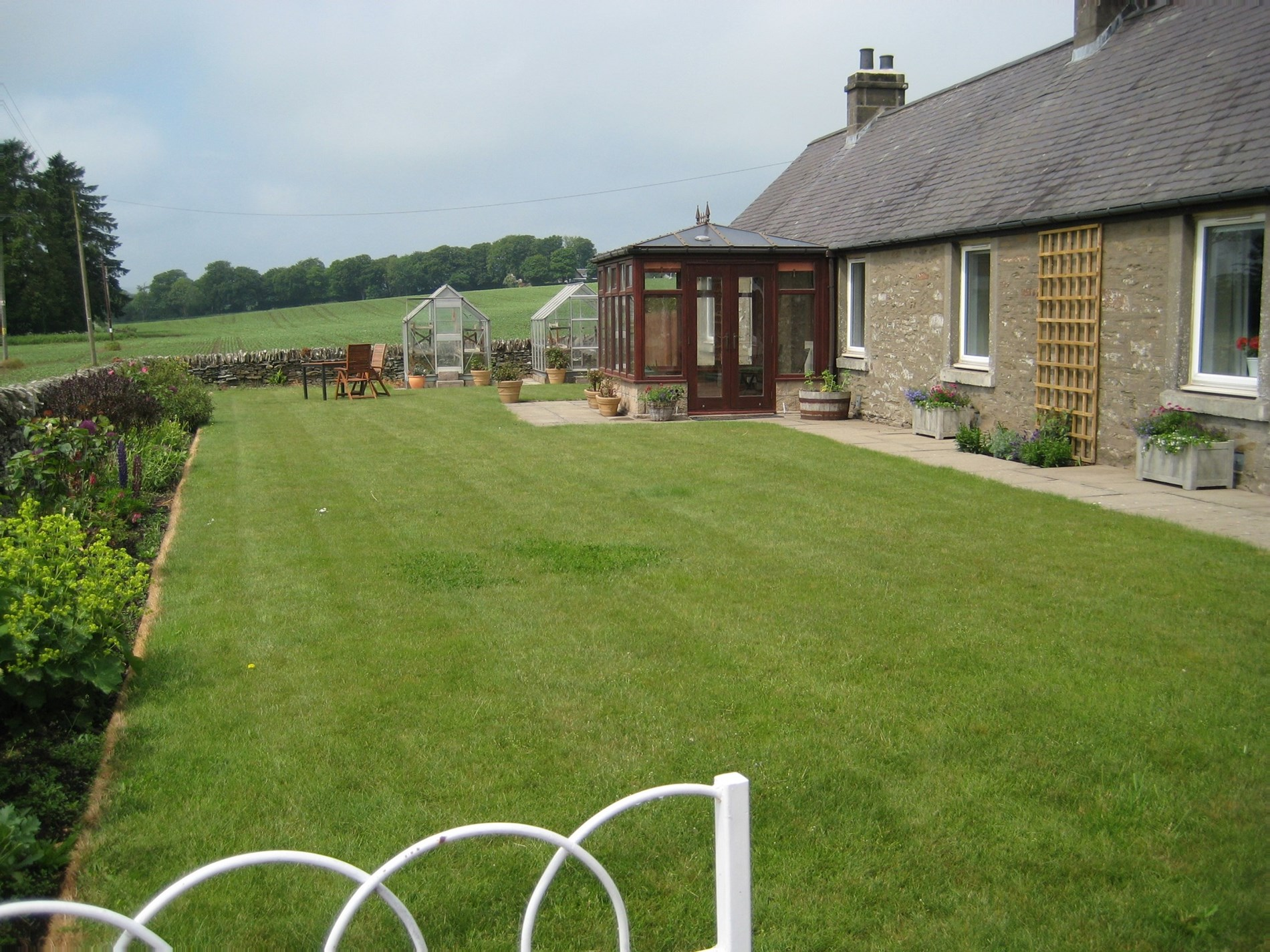 2 Bedroom Cottage in Dundee, Perthshire, Angus and Fife