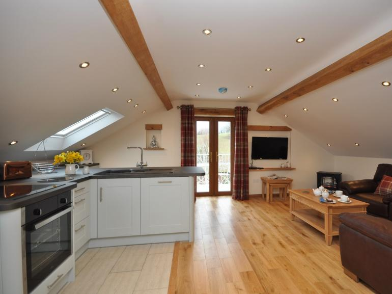 Stylish roof top apartment at the foot of The Skirrid