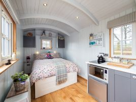 Nancy's Shepherds Hut