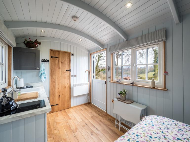 A unique stay with a modern interior with WC and shower room within the hut