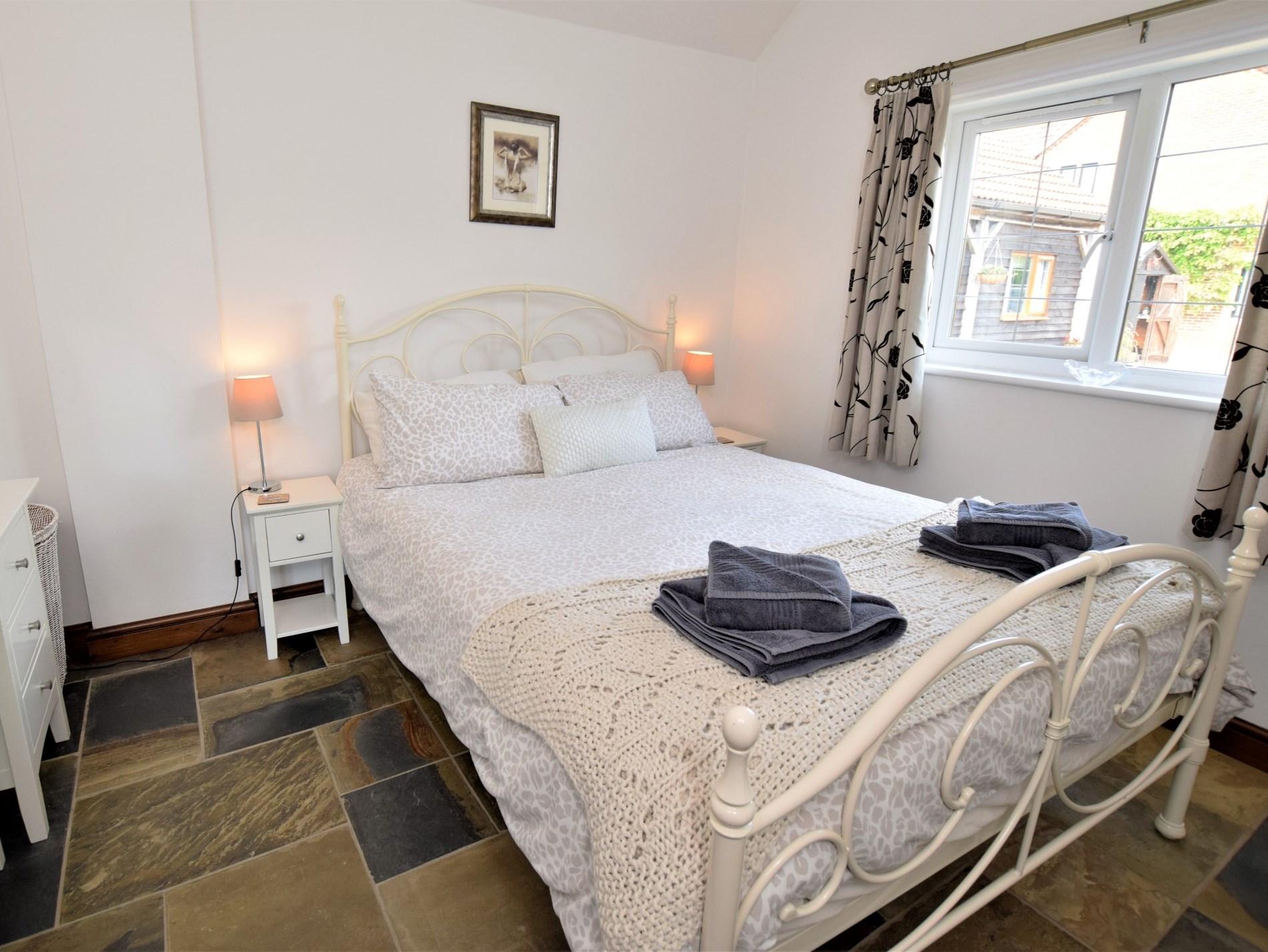 1 Bedroom Barn in Wiltshire, Dorset and Somerset