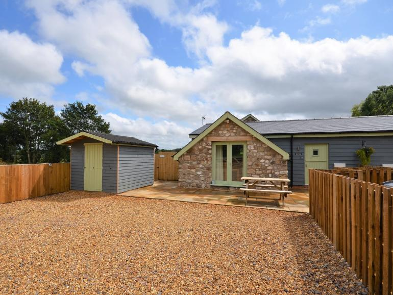 Beautifully converted holiday cottage with exclusive hot tub