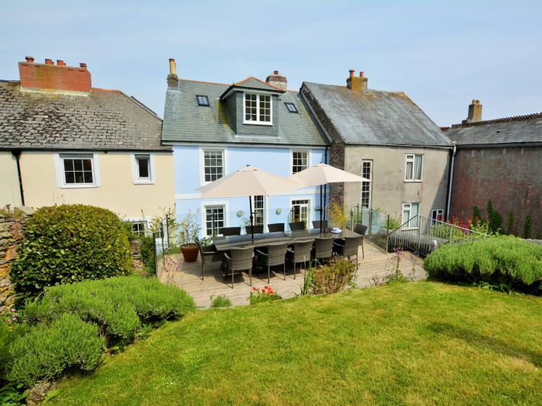 Stunning period property with amazing sea views