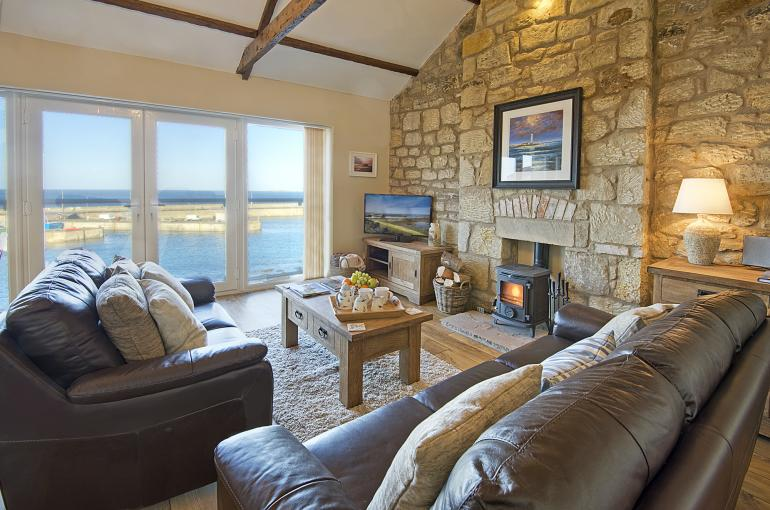 Relax in this superb sea front location