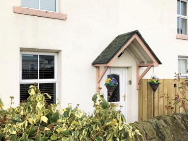 Flores Cottage (CN082)