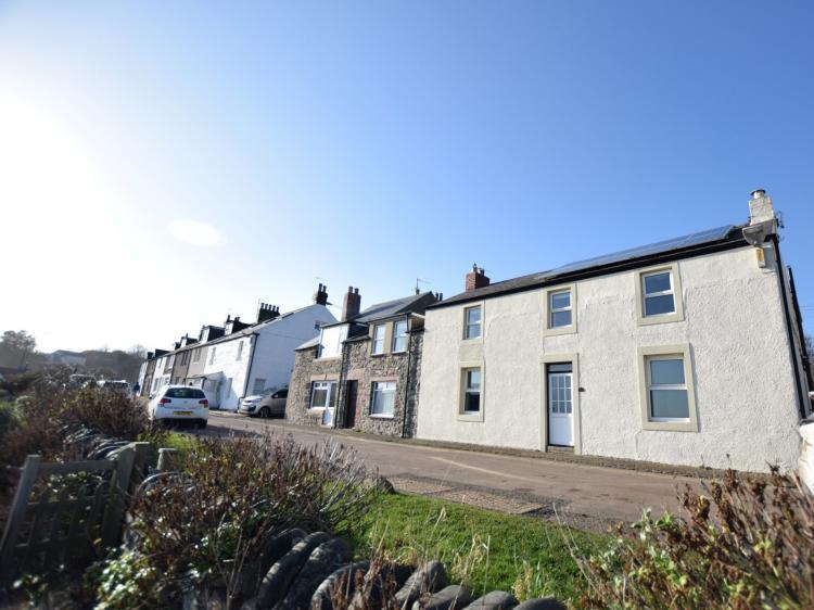 Harbour House - Craster (CN093)