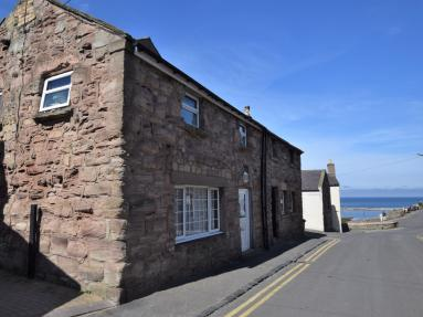 Kipper Cottage - Seahouses (CN116)