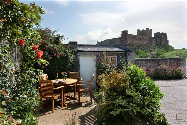 Stunning location in Bamburgh Village close to Castle and Beach