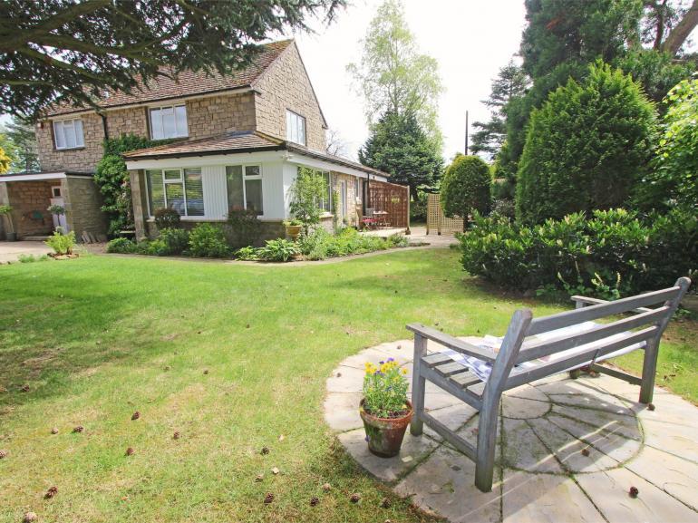 A lovely established garden to enjoy