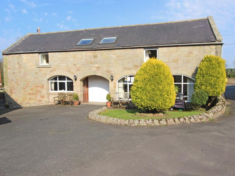 Character Cottage with shared indoor swimming pool on site