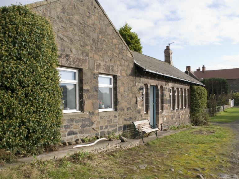 Traditional cottage in a super location within the village