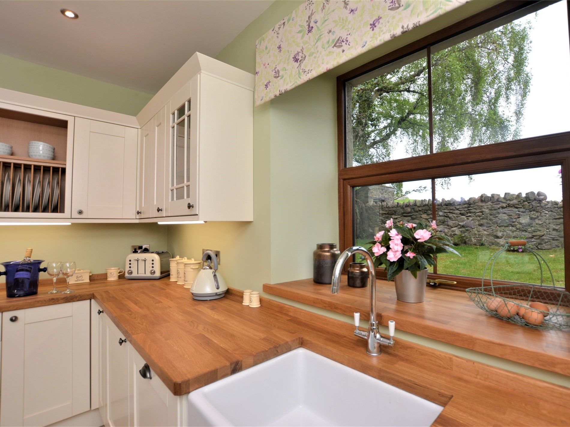 4 Bedroom Cottage in Conwy, Snowdonia, North Wales and Cheshire