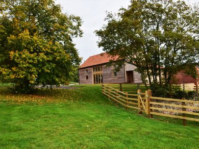 The Wheatsheaf Barn - Park Farm (60200)