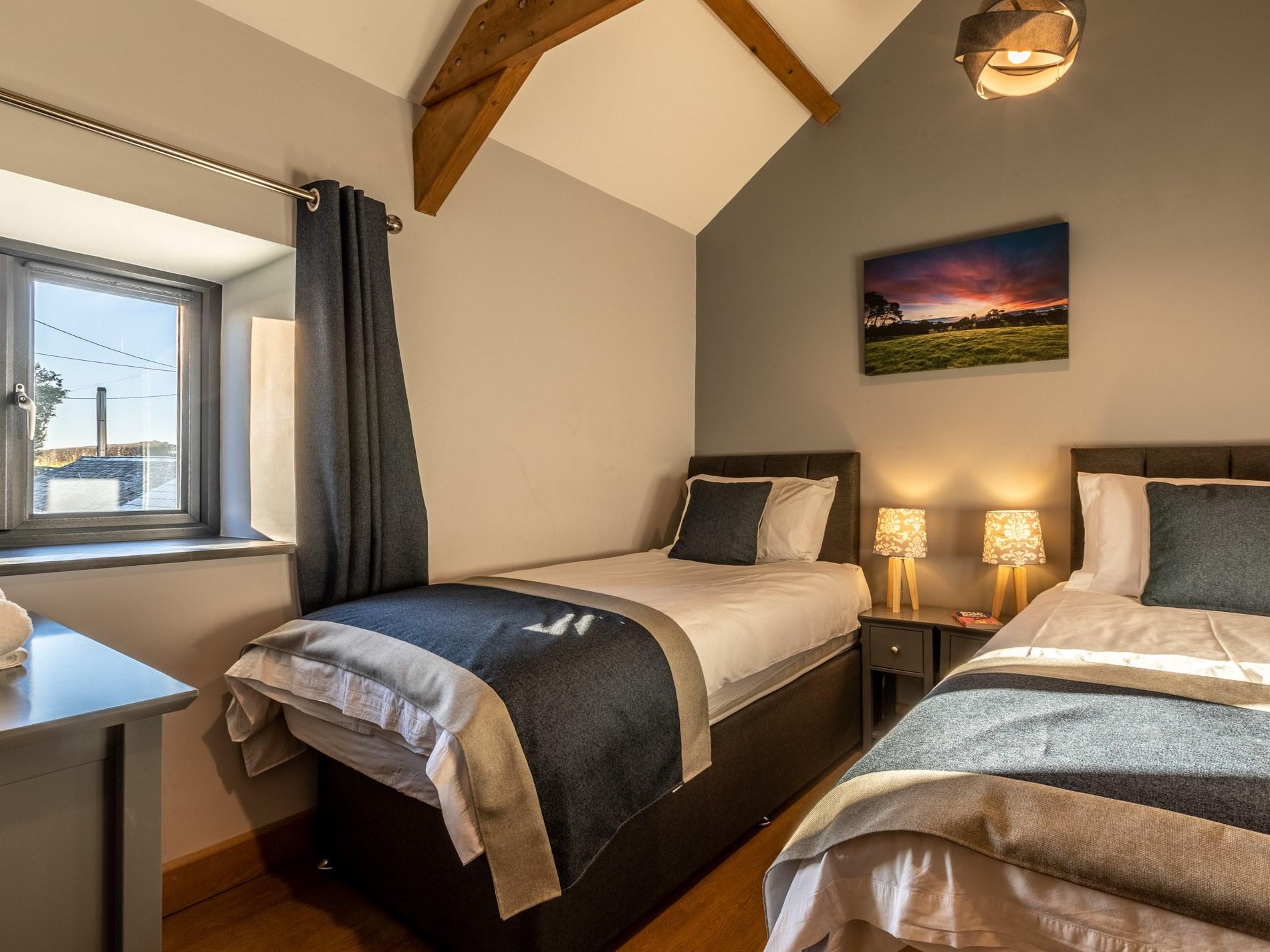 5 Bedroom Cottage in Holsworthy, Devon