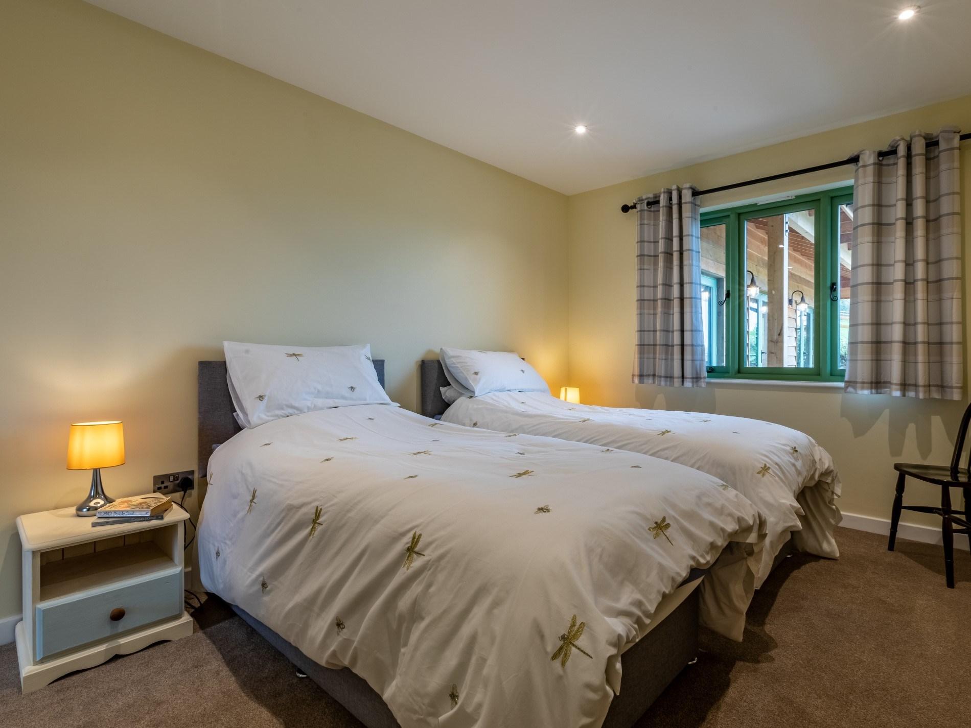 6 Bedroom Cottage in Tiverton, Devon