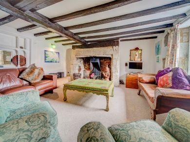Christmas Cottage - Godshill (IC034)