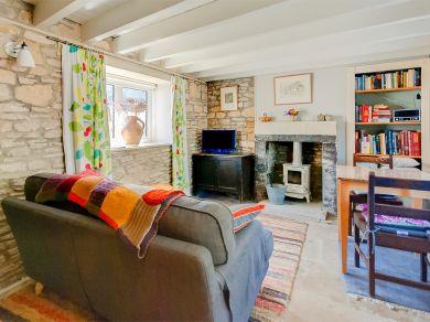 Highland Cottage (IC062)