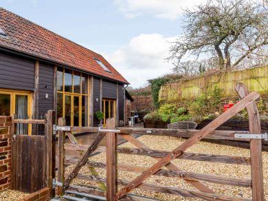 Bob's Barn (61294)