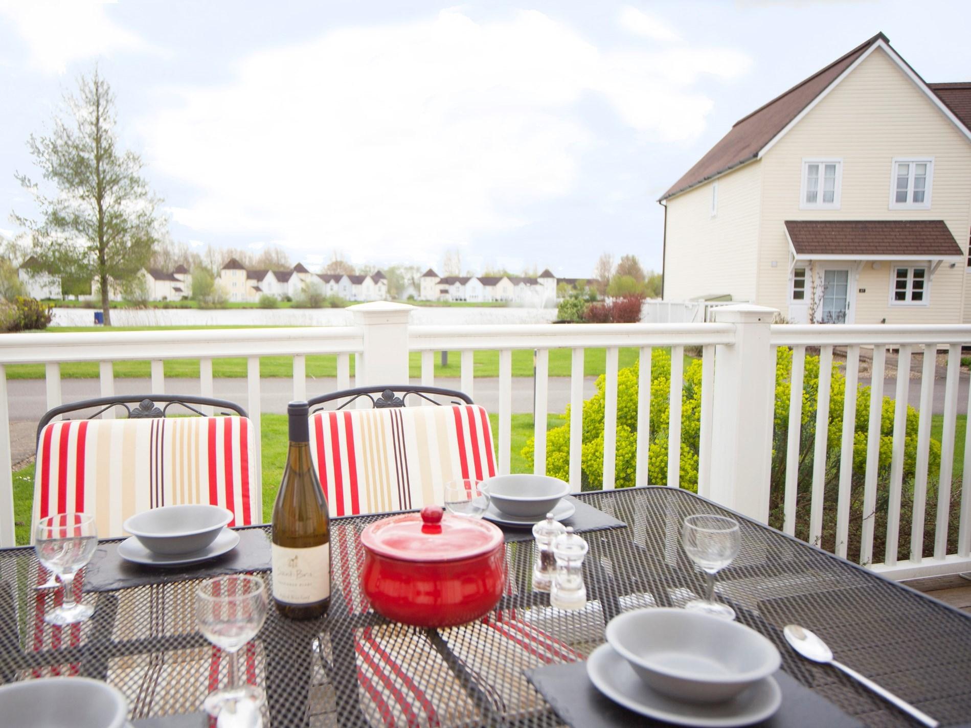 Enjoy your dinner on the balcony