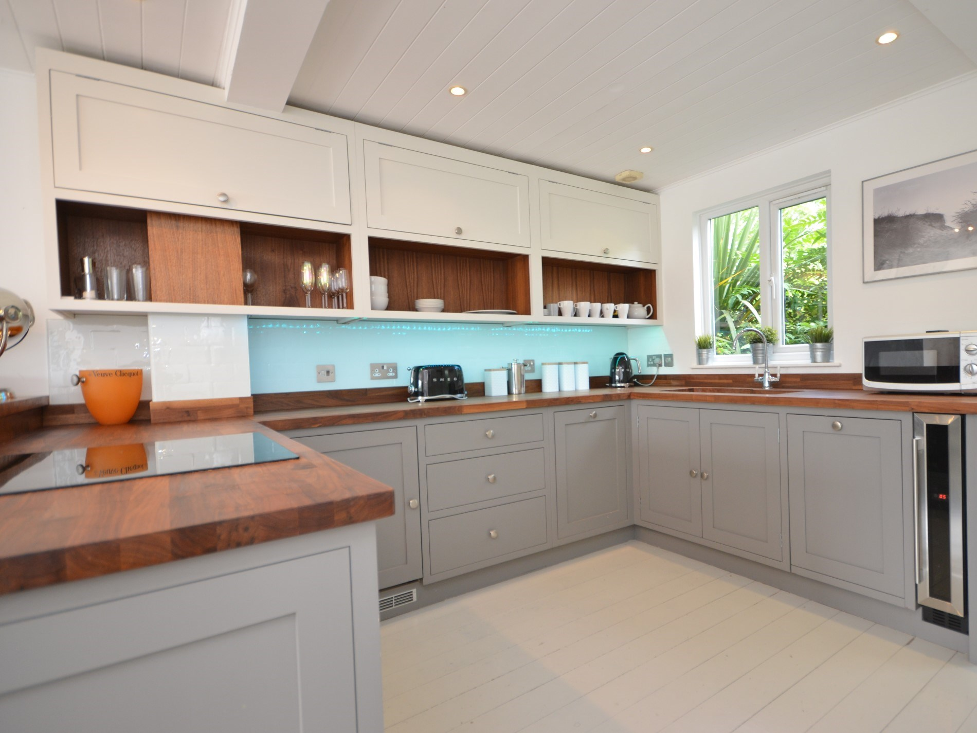 Beautiful and stylish solid wood bespoke kitchen
