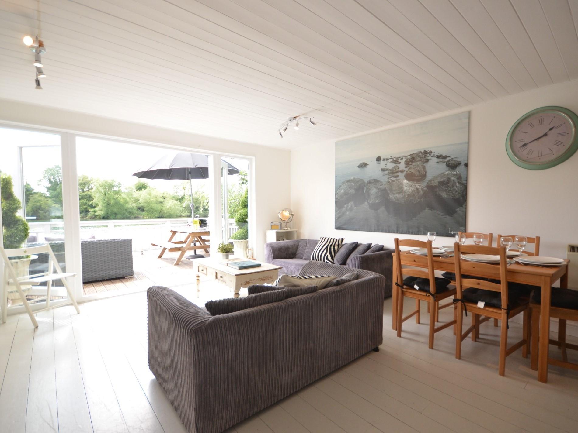 A very sociable open plan living area