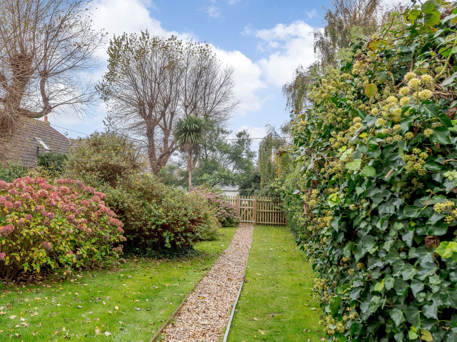 2 Bedroom Cottage in New Milton, South of England