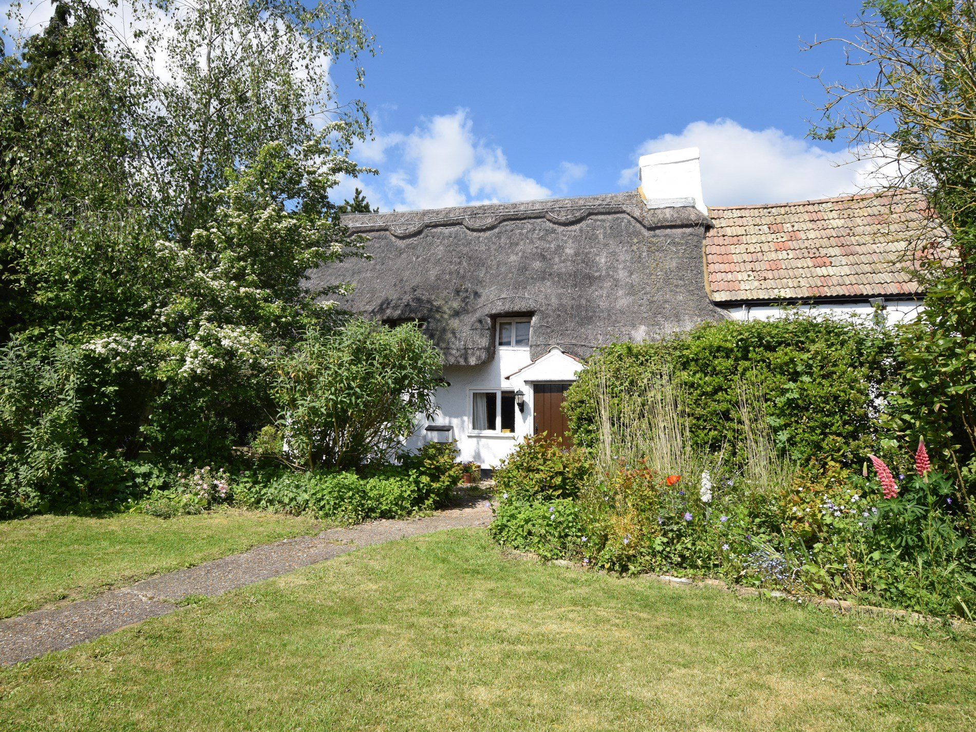 2 Bedroom Cottage in Bedford, East of England