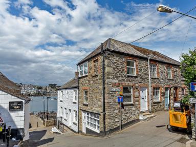 Quay View (PC046)