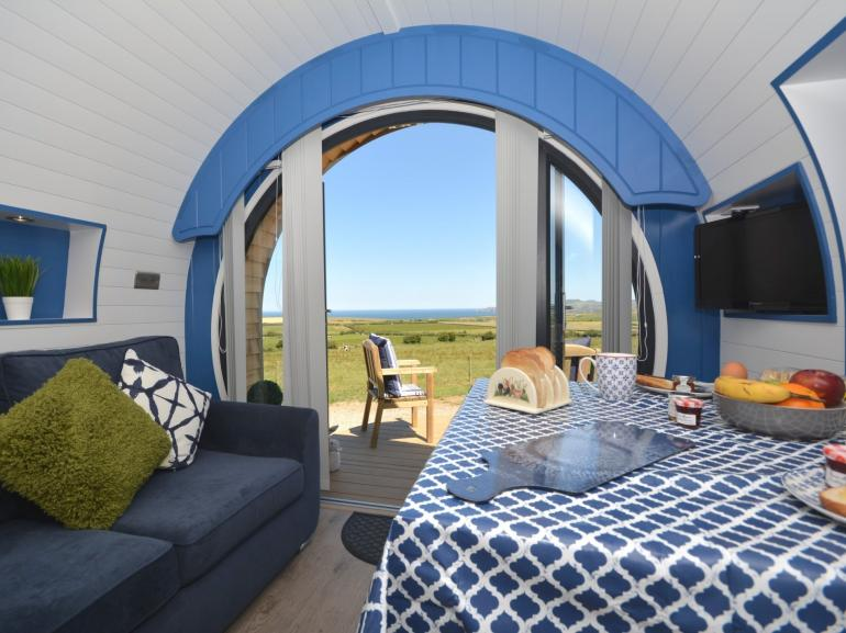 A super glamping pod with stunning panoramic sea view