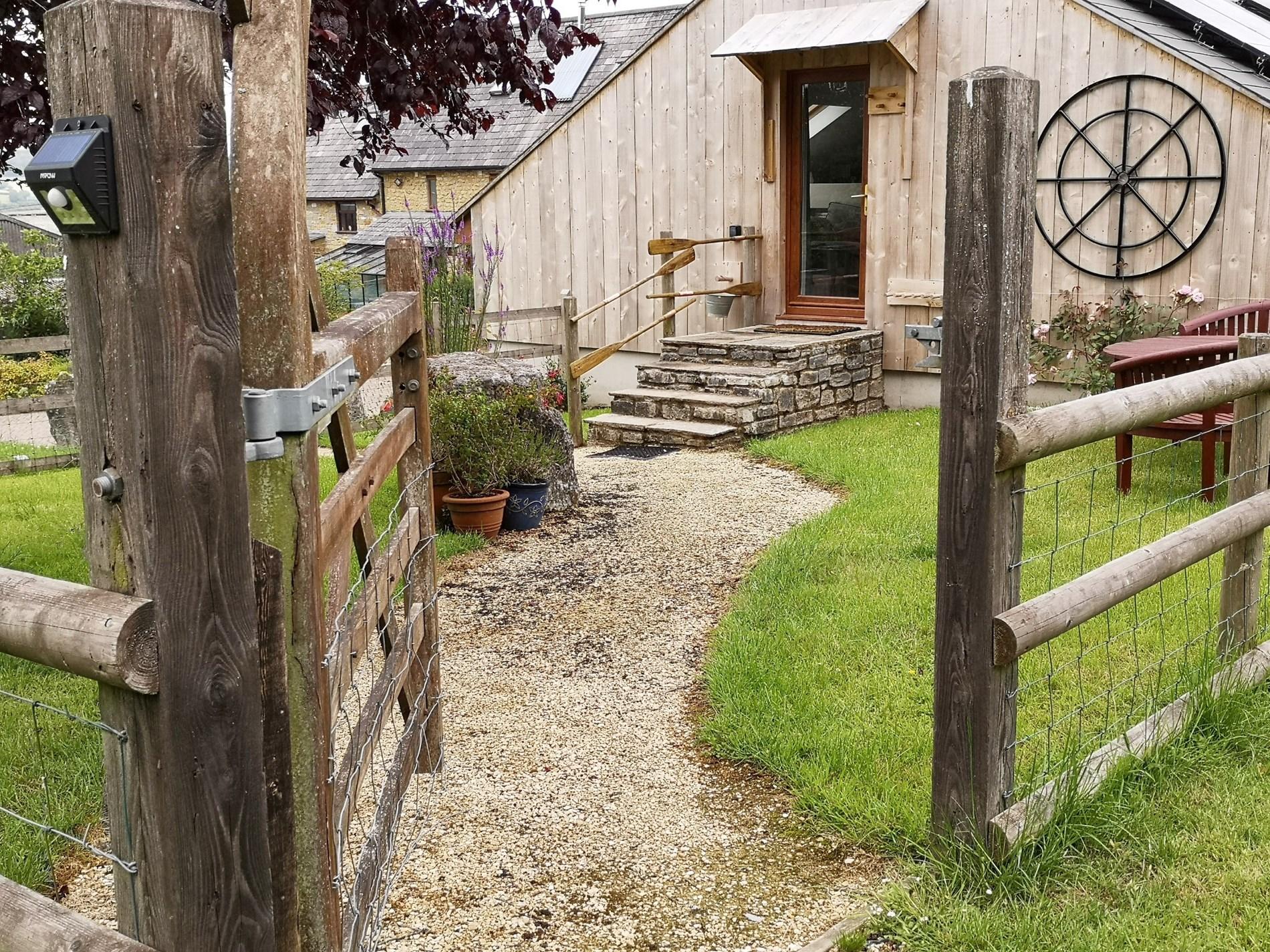 2 Bedroom Cottage in Beaminster, Dorset and Somerset